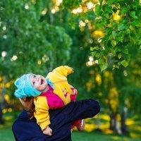 Дети – цветы жизни. Они украшают нашу жизнь и наполняют ее смыслом. :: Алексей Белик