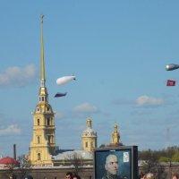 В небе аэростаты... :: Валерий Подорожный