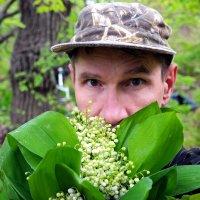 Вдыхая мая аромат.. :: Андрей Заломленков