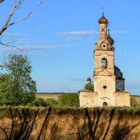 Забытые храмы... :: Влад Никишин
