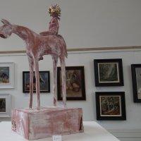 Скульптура лошади с наездницей :: Natalia Harries