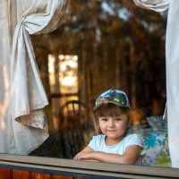У окна :: Дмитрий Горлов