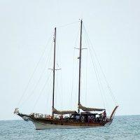 На рейде у берегов Италии :: Валерий Подорожный