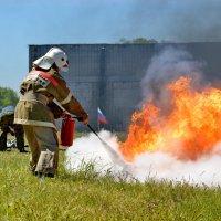пожарно прикладное искусство :: Наталья Слисаренко