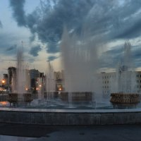 Вечер у фонтана :: cfysx