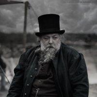 хозяйская фигура.. :: Виктор Перякин