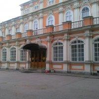 Метрополичий корпус в Александро-Невской Лавре. :: Светлана Калмыкова