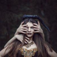 Ведьма :: Дмитрий Велесъ
