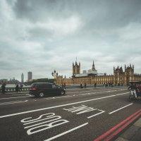 Лондон.Через Темзу. :: Dmitrii Гирев