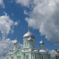 Троицкий храм :: Сергей Цветков
