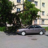 Городской пейзаж с машиной. (Санкт-Петербург). :: Светлана Калмыкова