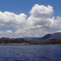 Горы, море, облака. :: Чария Зоя