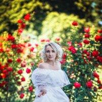 Когда розы цветут... :: Юлия Гребенюк