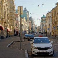 Солнечным утром на Ильинке.. :: марк