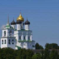 Троицкий  собор Псковского кремля. :: Igor Osh