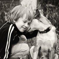 Собаки разговаривают, но только с теми, кто умеет слушать. :: Лилия .