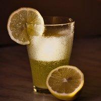 Время пить лимонад :: Елена Баландина