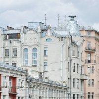 Дом с перевернутой рюмкой на крыше, 1907-1909 г. :: Татьяна Помогалова