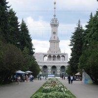 Северный речной вокзал :: Дмитрий Никитин