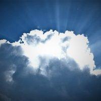 Над каждой тучей светит солнце :: Виктор Стельник