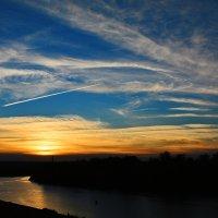 Закат над волжской протокой... :: Aлександр **