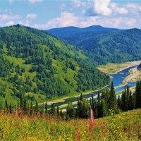 Долина :: Сергей Чиняев