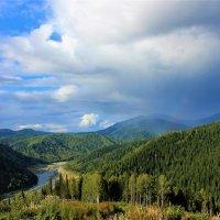 Дождевые облака собираются :: Сергей Чиняев