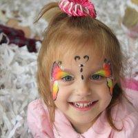 радостный ребёнок :: Анна Шишалова
