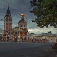 Летний вечер в Саратове :: Сергей Перфилов