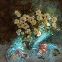 Вхожу я в дом, наполненный цветами: Дыханью плен, а вот душе свобода, Присутствует всех ароматов гам :: ALISA LISA