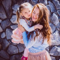 Валерия и ее озорная дочка Святослава) :: Никита Скалин