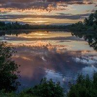Вечер на озере :: Аркадий Беляков