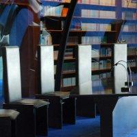 Библиотека.  Под голубым куполом... :: Надя Кушнир