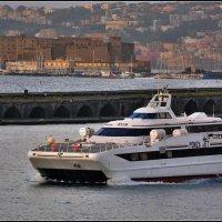 Неапольский порт. :: Leonid Korenfeld