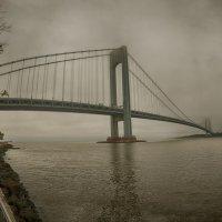 Мост в туман :: oleg
