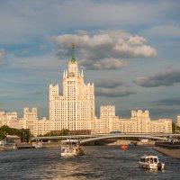 Прогулки по Москве. Высотка на Котельнической. :: Alexander Petrukhin
