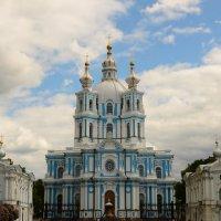 Смольный Воскресенский Собор :: Валерий Ходунов