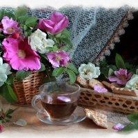 У души цветочное настроение, И пар хает она с цветка на цветок. :: ALISA LISA