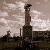 памятник Победе. :: Пётр Беркун