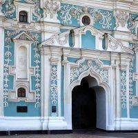 Вход в Софийский собор :: Сергей Тарабара