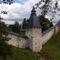 У монастырских стен... :: BoxerMak Mak