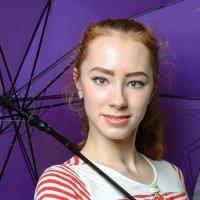 Девушка с зонтиком :: Роман Домнин