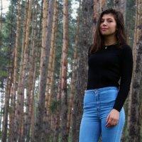 В лесу дышится легче, жить хочется. :: Diana Meow
