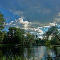 Лето над Малым прудом... :: Sergey Gordoff