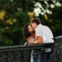 Страстный поцелуй :: Анатолий Шулков