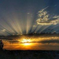 Вчерашний закат :: Александр Довгий