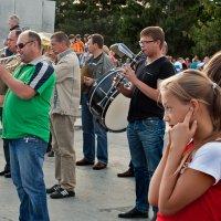 И кто музыку не любит очень злятся ну и пусть, :: Barguzin_45 Иваныч