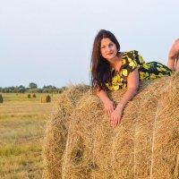 Летняя прогулка в поле. Елизавета :: Анастасия Науменко