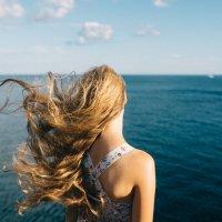Любоваться морем... :: Кирилл Гудков