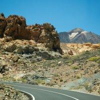 дорога к вулкану :: евгений васильев